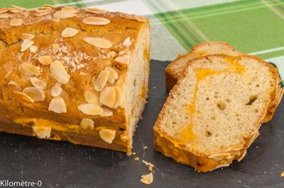 Photo de recette de cake, gâteau du matin, crème d'abricot, facile, rapide, de Kilomètre-0, blog de cuisine réalisée à partir de produits de saison et issus de circuits courts