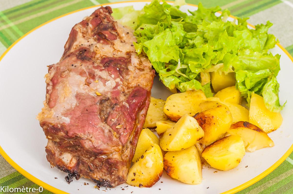 Photo de recette de travers de porc, spare ribs facile, pomme de terre nouvelle, cuisson douce, rôti, facile, Kilomètre-0, blog de cuisine réalisée à partir de produits de saison et issus de circuits courts