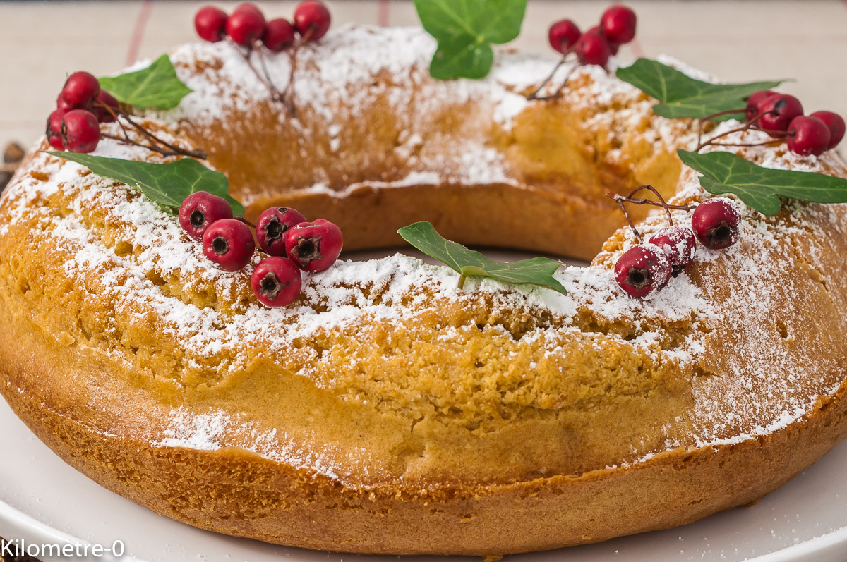Photo de recette de couronne de l'avent, couronne, Noël, citron, dessert, facile, rapide, économique, cake, gâteau, bio de Kilomètre-0, blog de cuisine réalisée à partir de produits de saison et issus de circuits courts