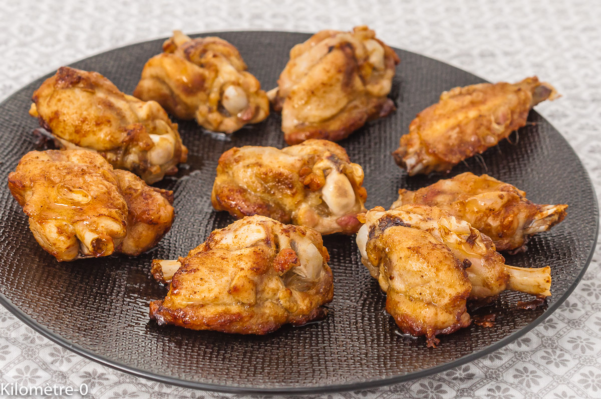 Photo de recette, apéro, ailes de poulet, pilons, poulet, volailles, grillades, grignotine, facile, épices, thaïe, rapide, Kilomètre-0, blog de cuisine réalisée à partir de produits de saison et issus de circuits courts